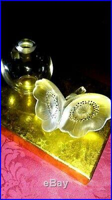 Lalique Anemone Rare Engraved Floral Vintage Collectible Glass Perfume Bottle