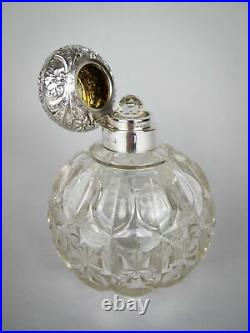 Large Sterling Silver & Cut Glass Scent Bottle by William Hutton & Sons, 1902
