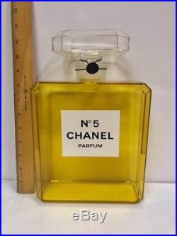 RARE Chanel No 5 Lucite Perfume Display Bottle 11.5 Tall Vintage Original Box