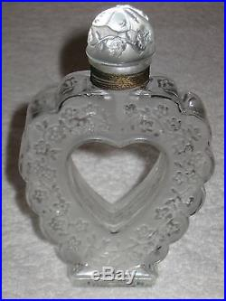 how to open nina ricci perfume bottle