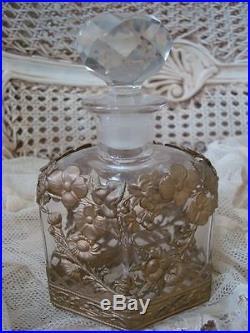 Vintage Ornate Perfume Bottle Swags and Garlands Holder