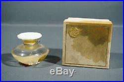 Vintage and rare Le Narcisse Blanc 1923 Caron perfume bottle